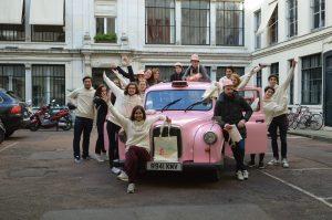 team-car Gemmyo joaillier Paris Taxi anglais rose événement Fashionweek TaxiFun