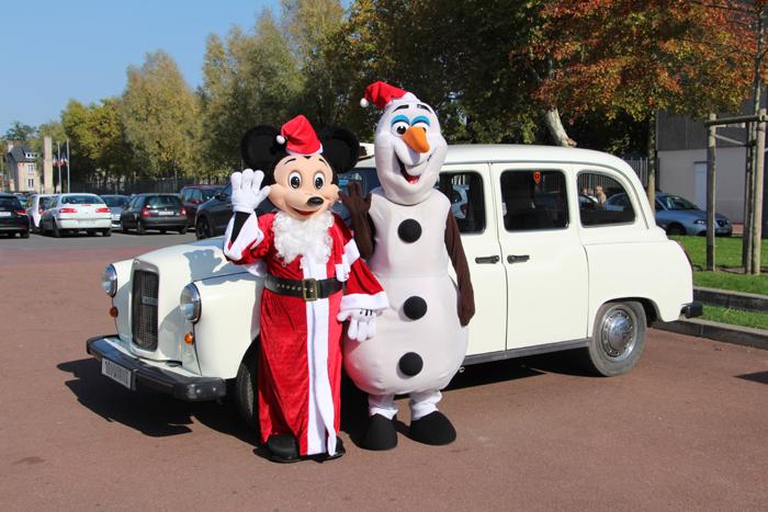 Noël, animation, taxi anglais blanc, taxifun