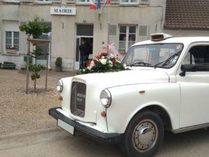 taxi anglais blanc taxifun location voiture de mariage événement