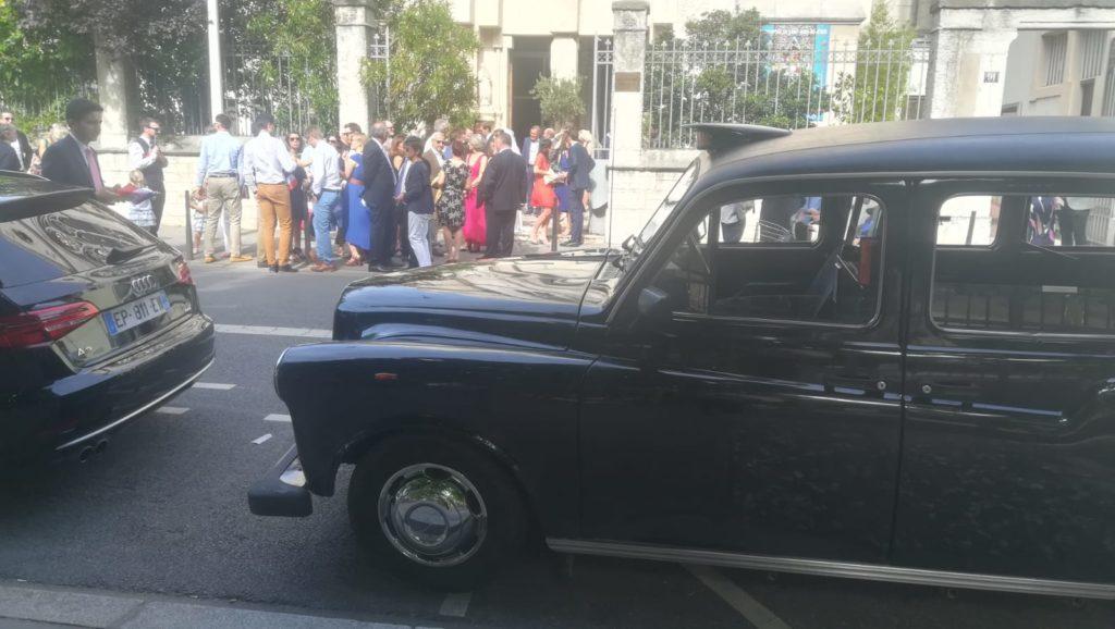 mariage wedding TaxiFun taxi anglais noir Taxi Wendy black cab cab anglais location voiture de mariage avec chauffeur Lyon