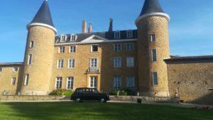 mariage wedding Taxi anglais noir classique black cab location avec chauffeur Château de Janzé