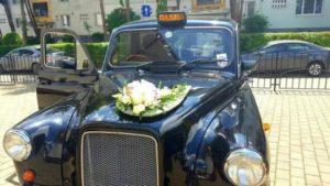 taxi anglais mariage Roumanie TaxiFun black cab Londres location voiture de mariage location taxi anglais avec chauffeur
