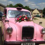 mariage, taxi anglais rose avec chauffeur TaxiFun événement Champagne