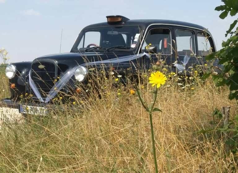 mariage mariages wedding weddings taxi anglais black cab cab of London anglais taxi londonien événement event taxi anglais avec clim