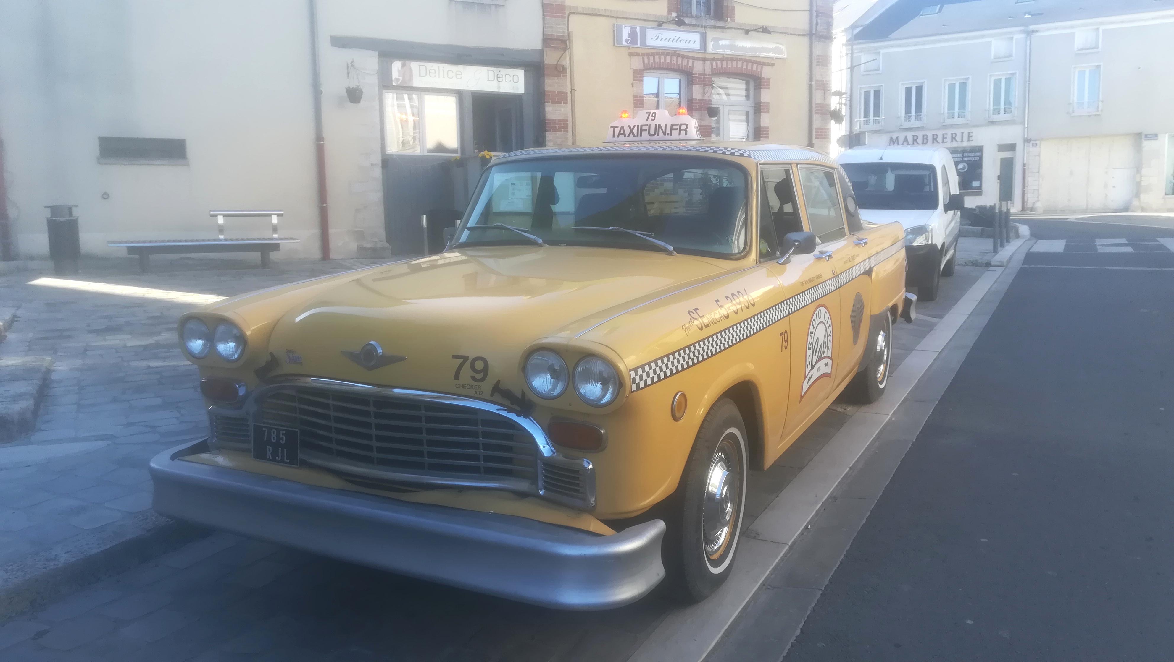 taxi new yorkais yellow cab avec chauffeur voiture de mariage wedding mariage evenement