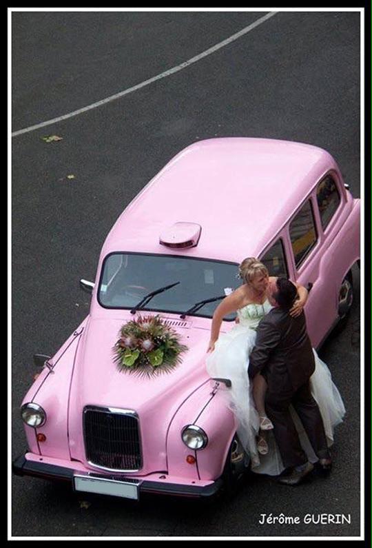 taxi anglais rose mariage original