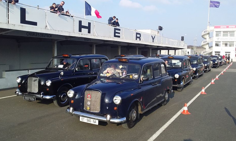 taxi anglais bleu midnight blue francois allain vintage mechanic